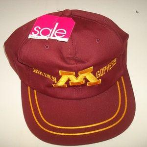 Other - MINNESOTA GOPHERS VINTAGE SNAPBACK HAT CAP